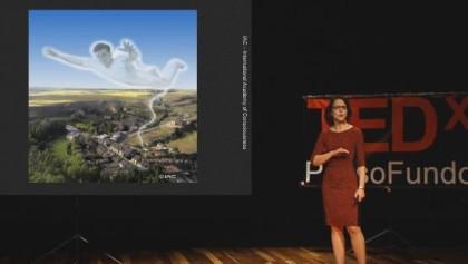 Como as experiências fora do corpo podem transformar você e a sociedade | Nanci Trivellato | TEDx Passo Fundo